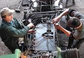 Naprawa ciągników, maszyn rolniczych, budowlanych i leśnych