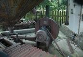 Pozostałe maszyny i narzędzia Sprzedam dmuchawę z silnikiem 16 kW na którym jest...