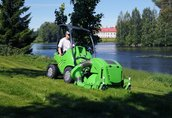 Maszyny i narzędzia With the new Avant collecting mower you can easily...