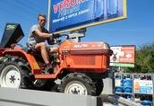 Japońskie mini traktory ogrodnicze Warszawa 3