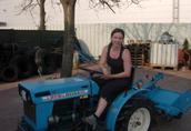 Używane mini traktory ciągniki sadownicze ogrodowe traktorki 4