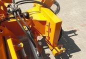 Maszyny i narzędzia Wyposażenie standardowe: - zaczep na przedni TUZ...