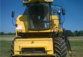 NEW HOLLAND TC5070 2009 kombajn