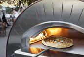 Biesiadowanie z piecem do pizzy (piecem chlebowym) 13