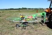 Pozostałe maszyny do ciągnika Zgrabiarka jedno-karuzelowa SPYDER 360 firmy TALEX...