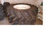 New Holland Case Koła opona felga Trelleborg TM700 380/70R20