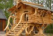Ukraina.Domy z bala, sarmacki drewniane okna, dachy trzcinowe